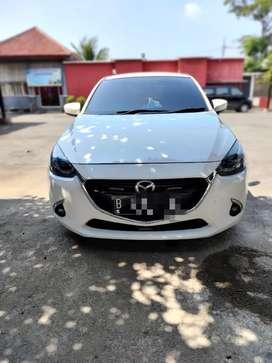Mazda 2 R matic 2016 istimewa terawat!!!