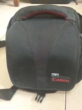 tas kamera canon