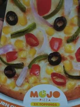 Job opening - box8 - mojo pizza