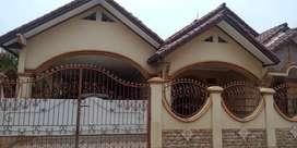 Rumah Mengesankan di Villa Mutiara Gading (A2869)