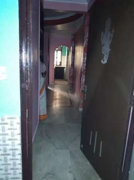 2bhk builders floor available for rent.