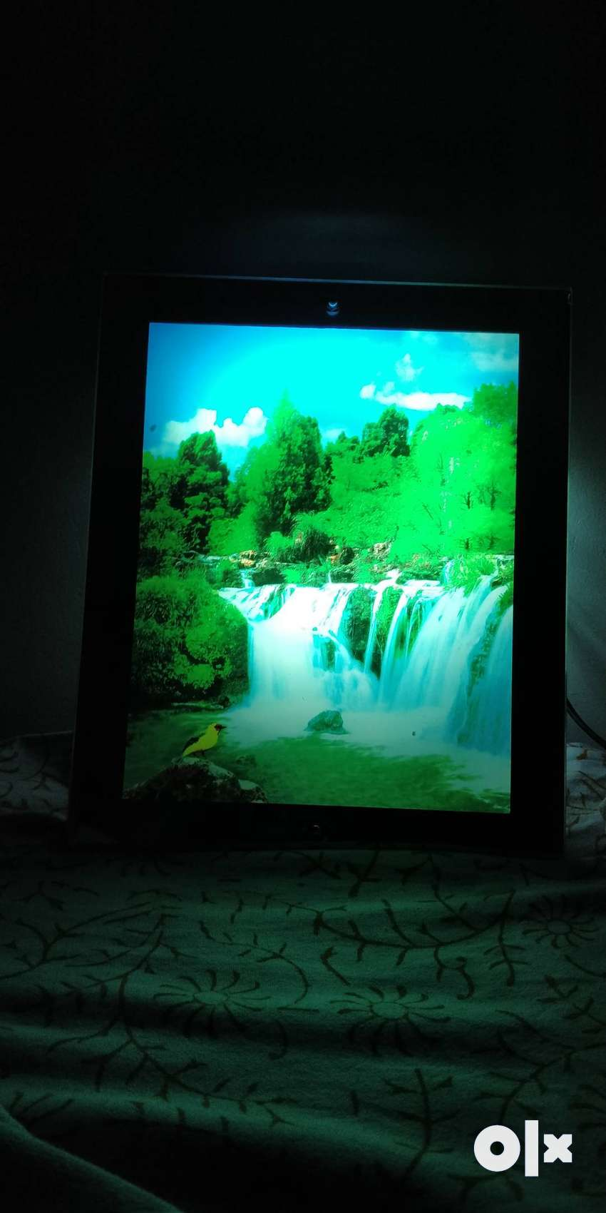 Brand New - Waterfall scenery with light | Electric Picture frame 0