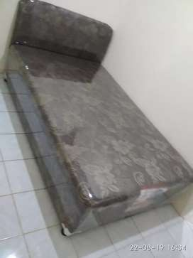 Bed single anak kost