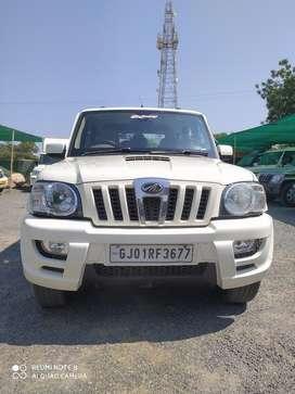 Mahindra Scorpio VLX 4WD BS-IV, 2014, Diesel