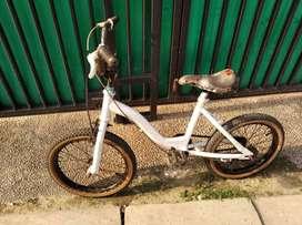 Sepeda anak UK ban 16 siap pakai masih orisinil