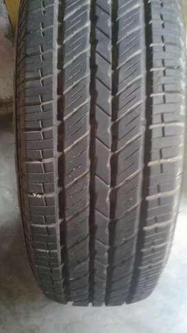 Scorpio tyres 90 percent new tyres 235/15 75