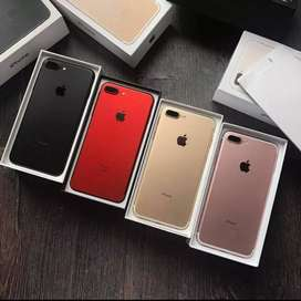 Attractive looking apple iPhone in gold colour available in best price