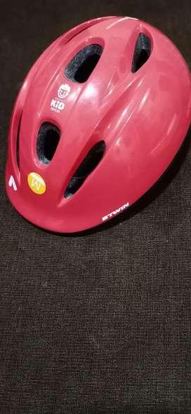 Brand new B-TWIN Helmet for an urgent sale