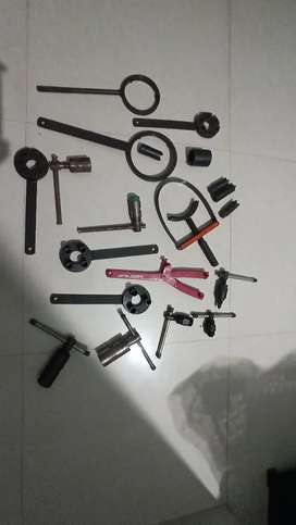 SPECIAL TOOLS FOR BIKE