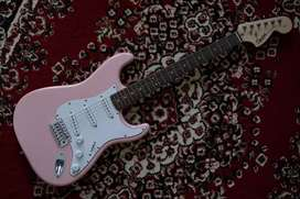 Squier by Fender Stratocaster Affinity made in Indonesia