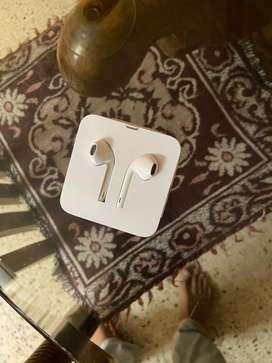 Orignal iphone earphone