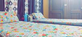 FULLY FURNISHED GIRLS PG AVAILABLE IN SECTOR 43 IN A 500 YARDS VILLA