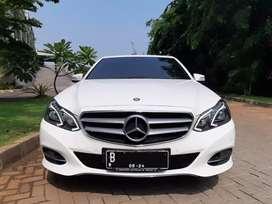 MERCEDES BENZ E250 AVANTGARDE thn 2014 putih