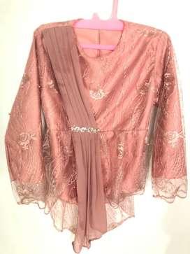 Baju kebaya pink