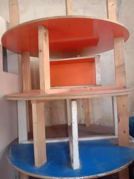 4 Class Room round Tables