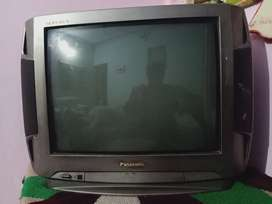 Tv for sale 4000onle no problem not even open..