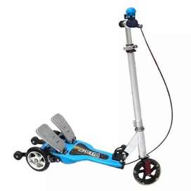 Skuter scooter pedal otoped otopet vita