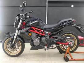 New Benelli 300 only 900 KM's