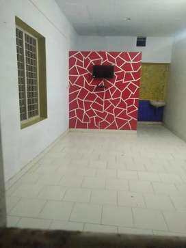 Rooms available at kundanoor 4000 rent