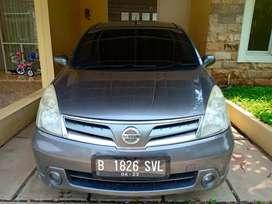 Nissan Grand Livina SV 2013 AT Tdp 7jt angs 2.925.000 x 47