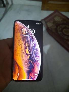 Iphone Xs in new coditon