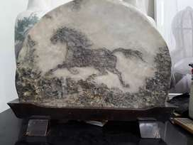 Batu marmer bergambar kuda alami nyata jelas
