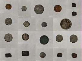 Old coins pracheen kaal ke sikke hai.