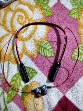 Boult audio probass curve neck band Bluetooth