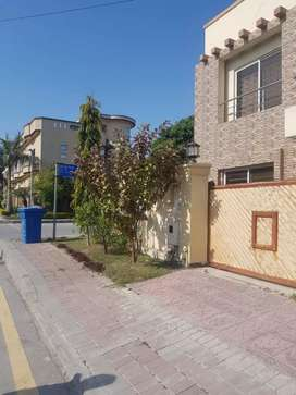 Bahria town phase 2 corner house for sale.