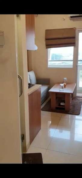 Apartemen Green Pramuka City. Full furnished. Siap huni. Unit baru.