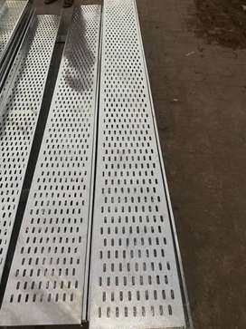 Cable Tray Unistrut Ladder Perforated SS Mesh Threading rod cantilever