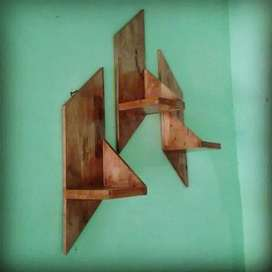Rak dinding kayu