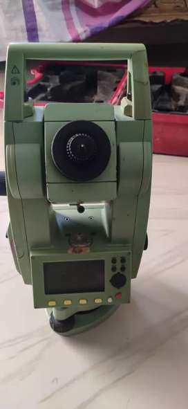 LEICA Total station 407