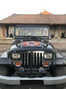 Jeep CJ 4 WD Tahun 78