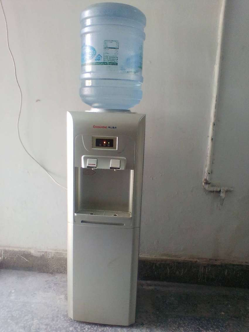 Cold & Hot water provider 0