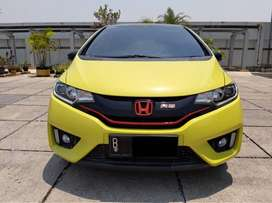 Honda Jazz 1.5 RS Limited Edition At 2015 TV Floating Km.23rb