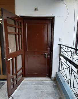 3BHK Spacious Airy flat for sale at Phoolbagh