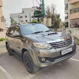 Toyota Fortuner 2011-2016 4x2 AT, 2012, Diesel