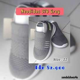 Sepatu Anak Neodidas 370 Grey by Sandalshoes4u