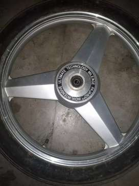 Alloy wheel splendor plus only one month old