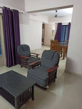 Immediate Vacancy for 5 persons in fully furnished 3BHK - Olive Courty