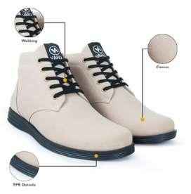 Melangkah maju dengan tampilan ganteng dg sepatu new model