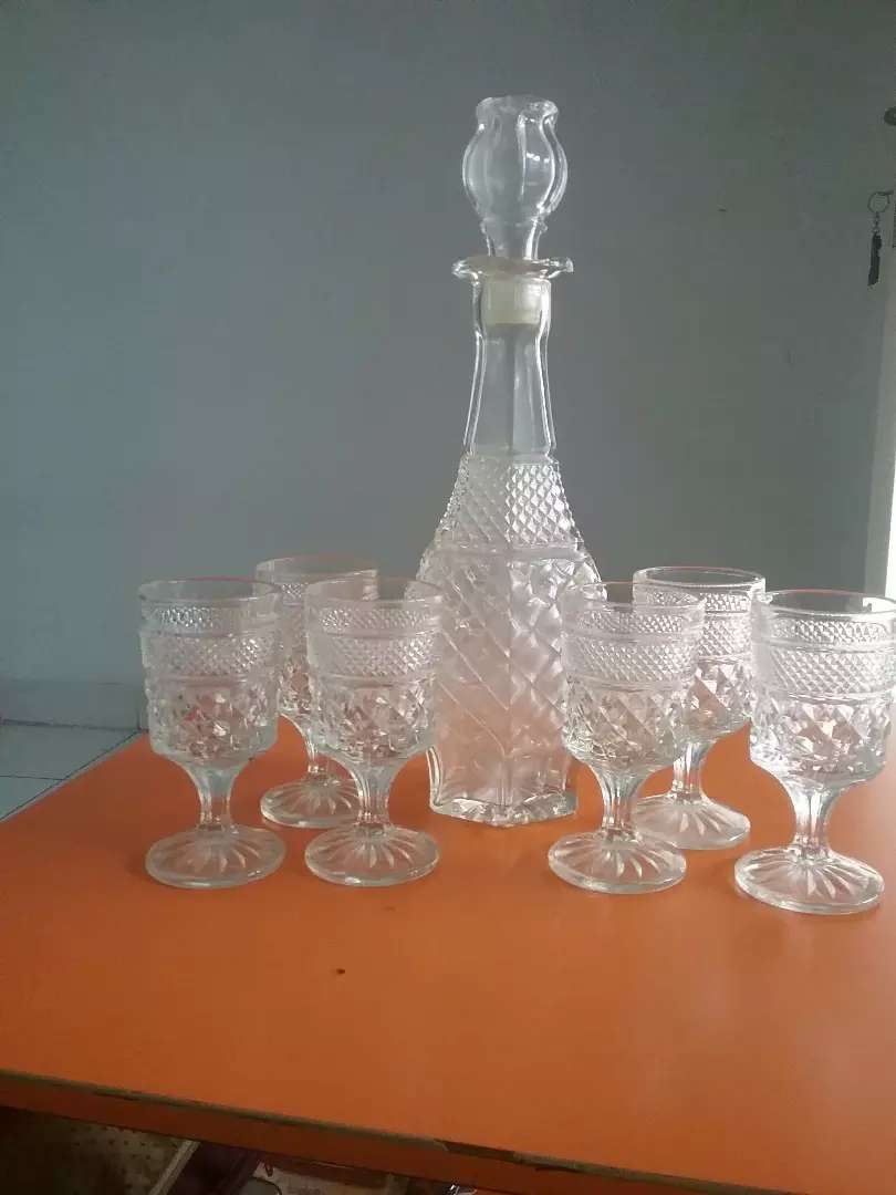 Decanter cristal dan gelas cristal 0