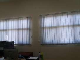 Vertkal blinds kantor kami agenya