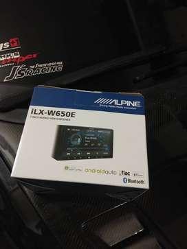 Alpine ILx-W650E Digital Multimedia Station Apple Carplay Android Auto