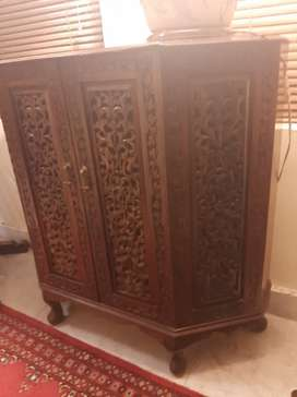Console chiniot wood
