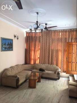 Available Owner free 2BHK fully furnished for boys sector 37 38 40