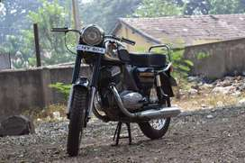 Yezdi good condition with papers