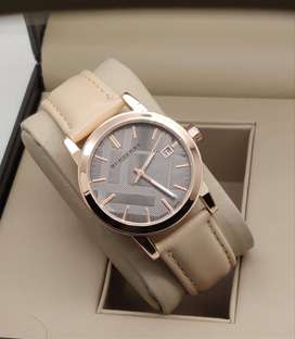 Branded Watch At Discounted Price