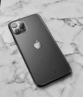 sale amazing model new Apple iphone with bill box call me now